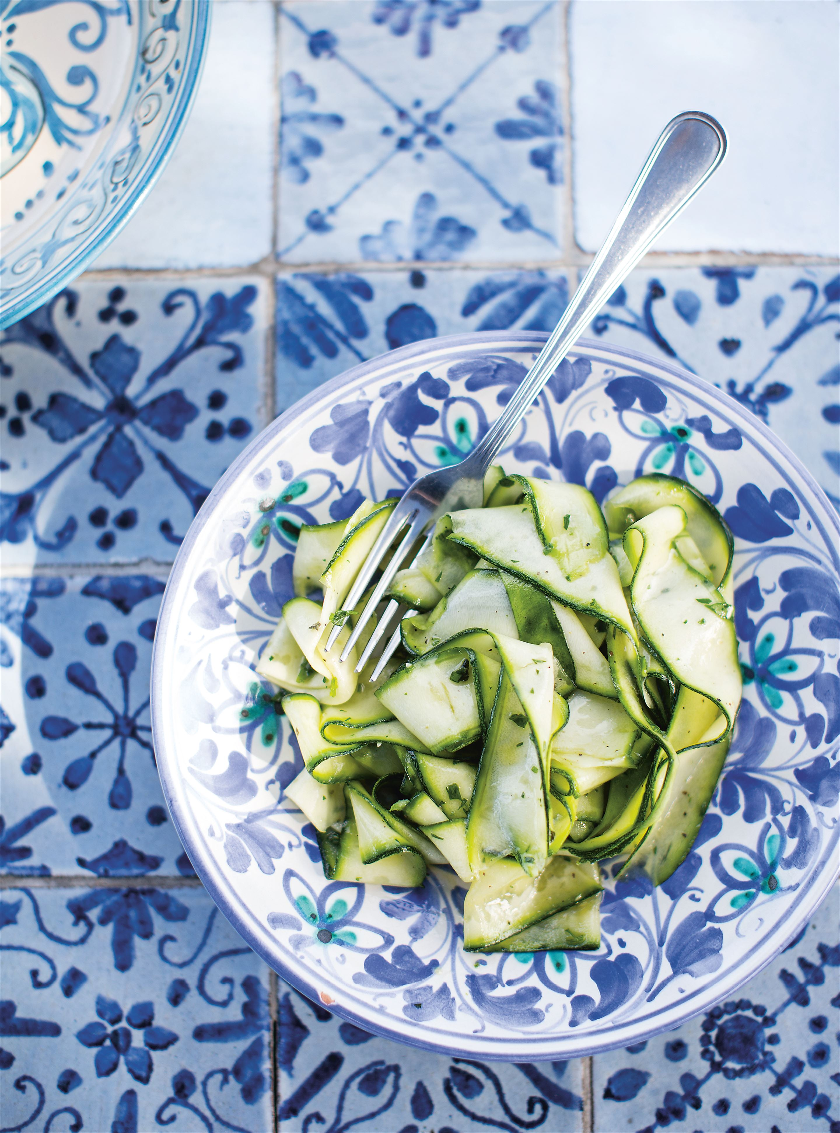Courgette ribbons in lemon & oregano dressing