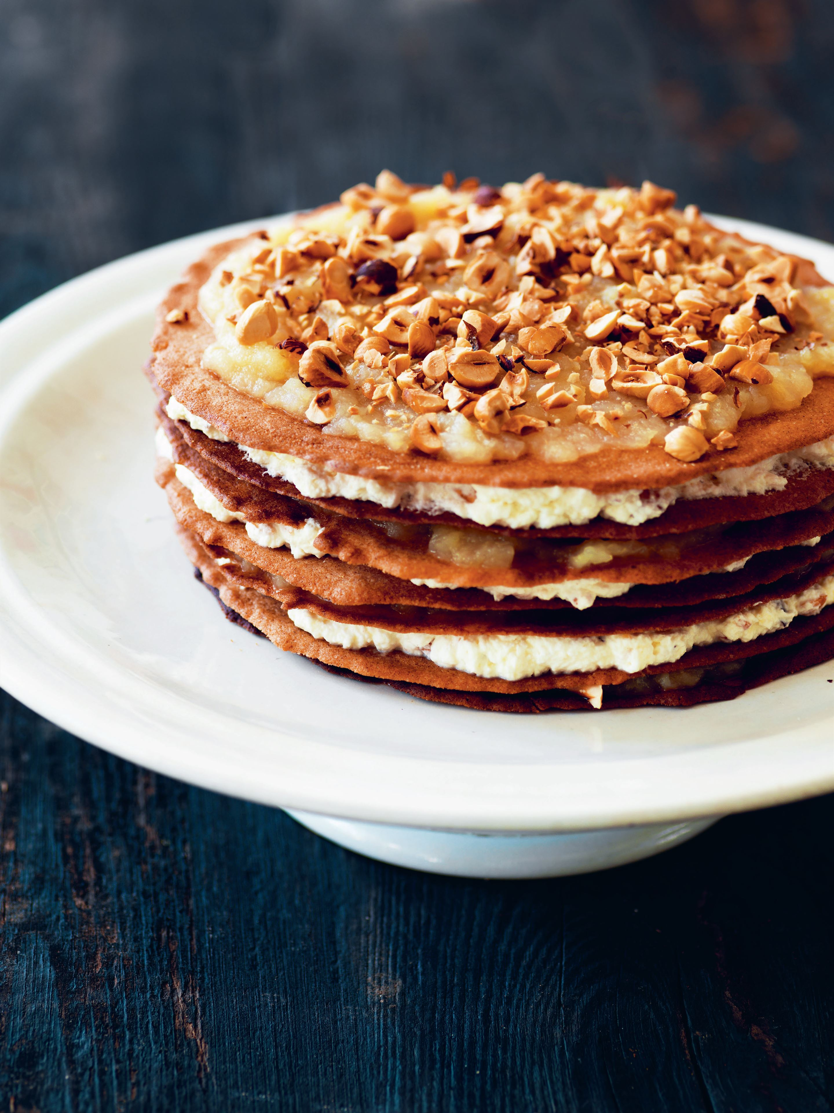 Winter apple layer cake