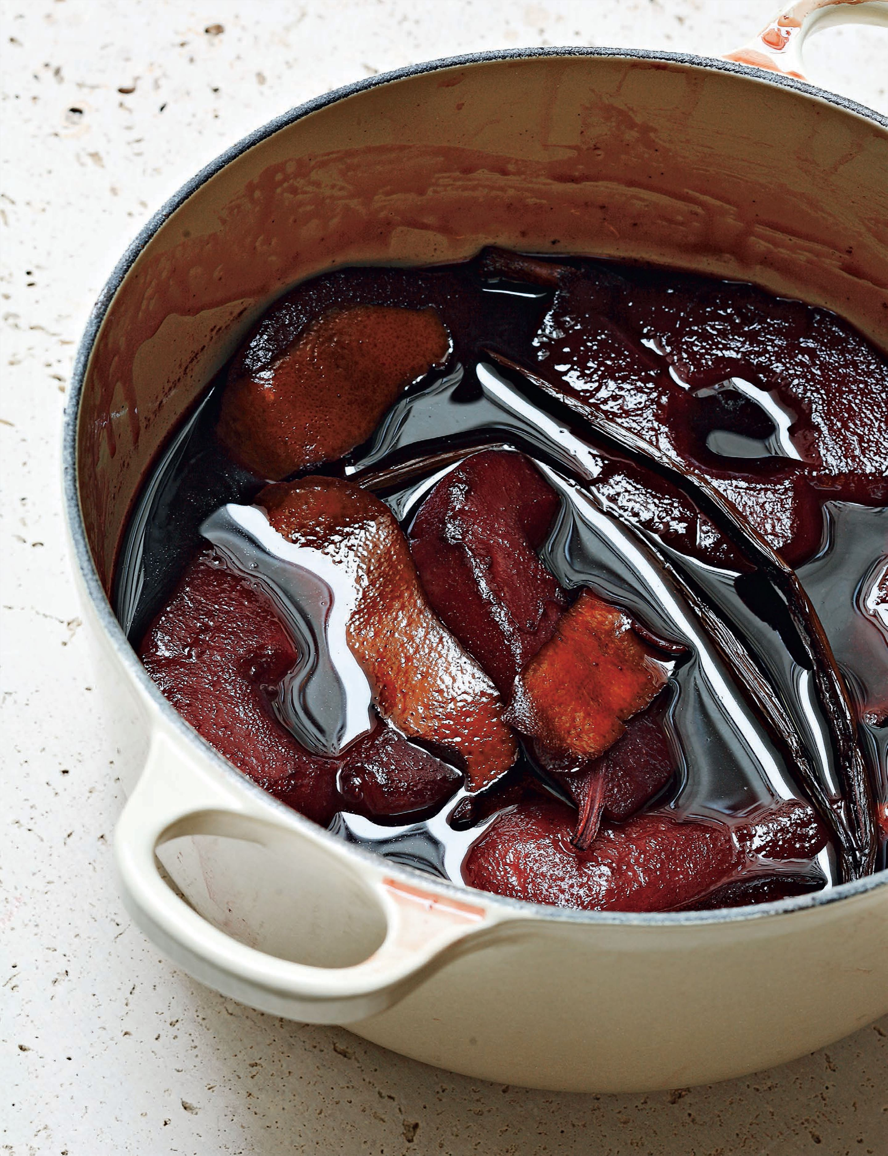 Pears in red wine