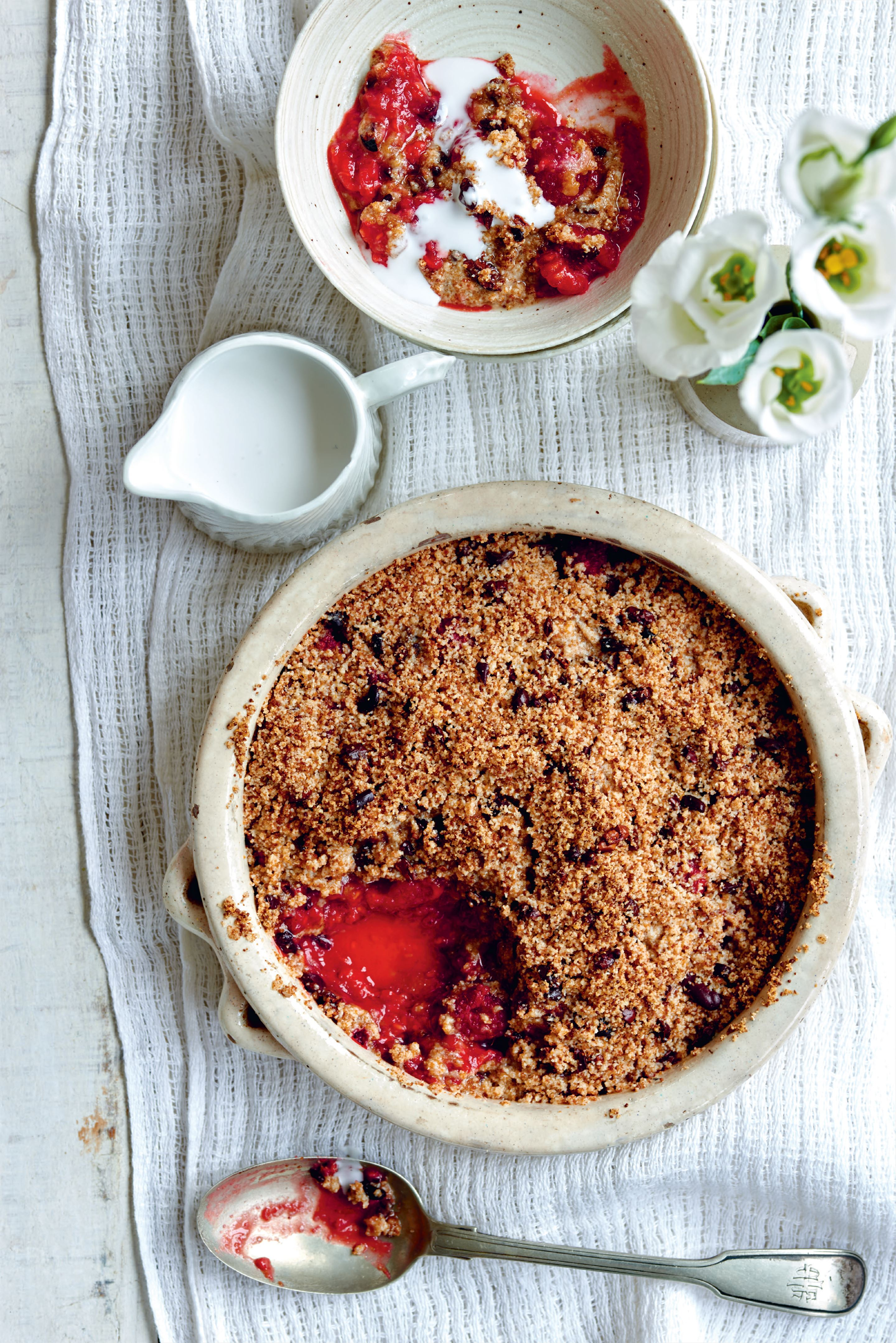 Raspberry, cacao nib and coconut oil crumble