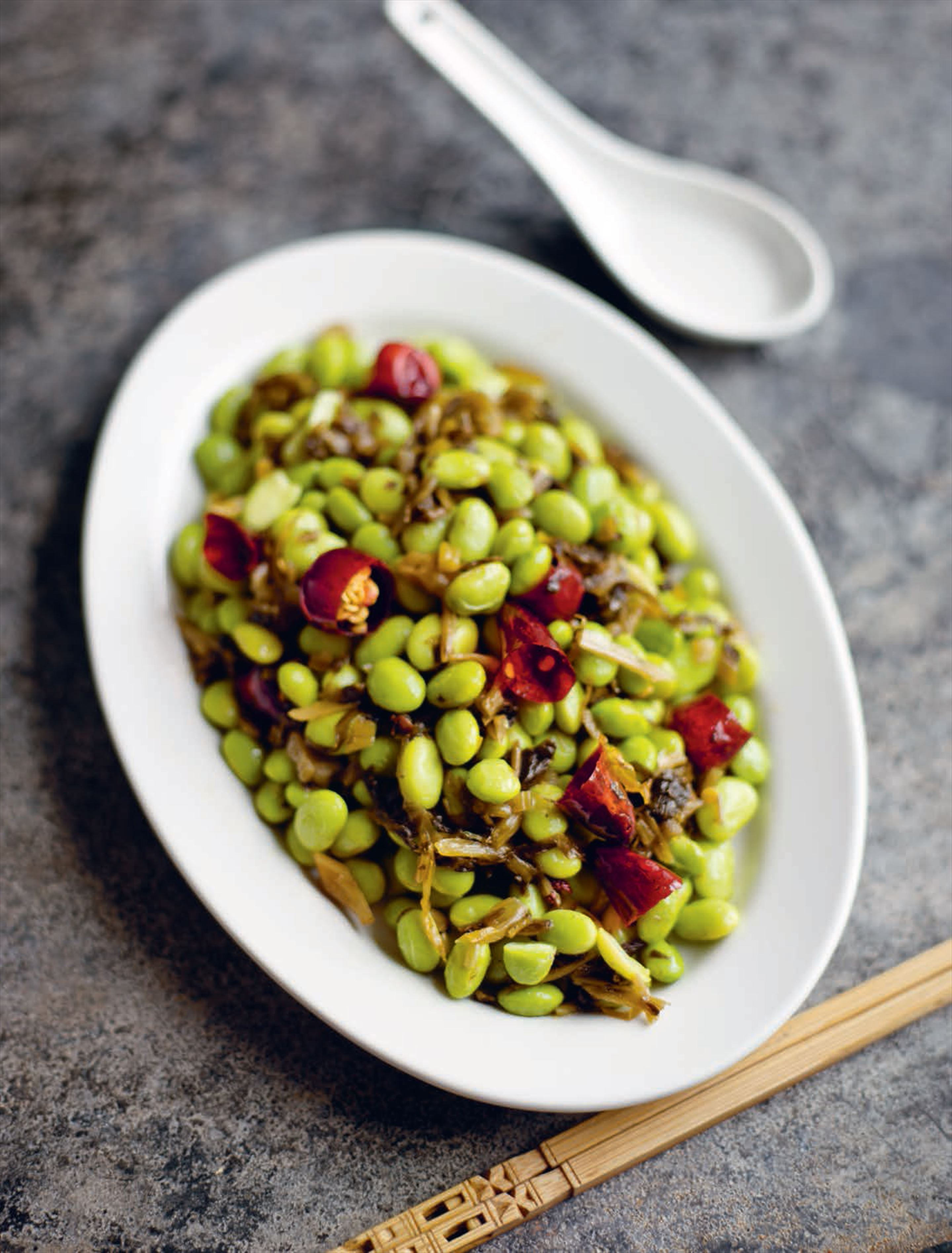 Stir-fried green soy beans with snow vegetable
