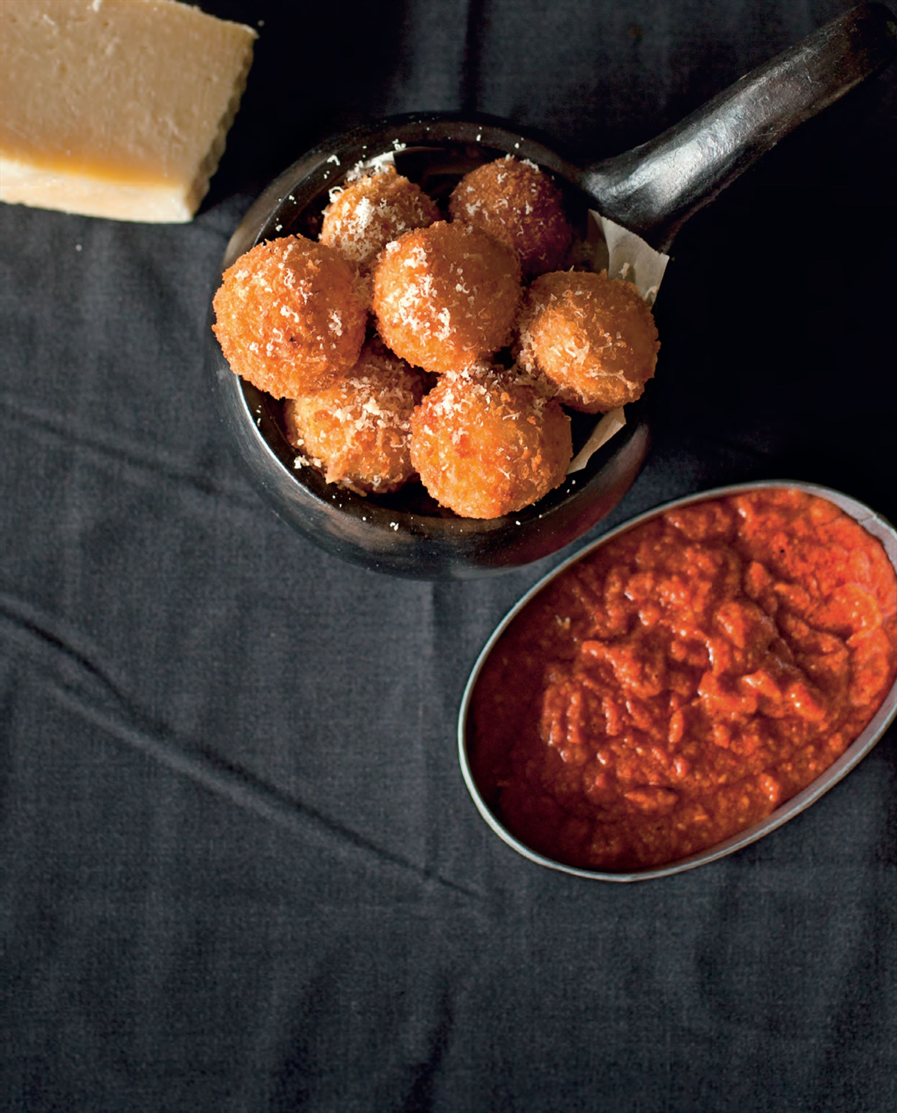 Jamón croquettes with romesco sauce