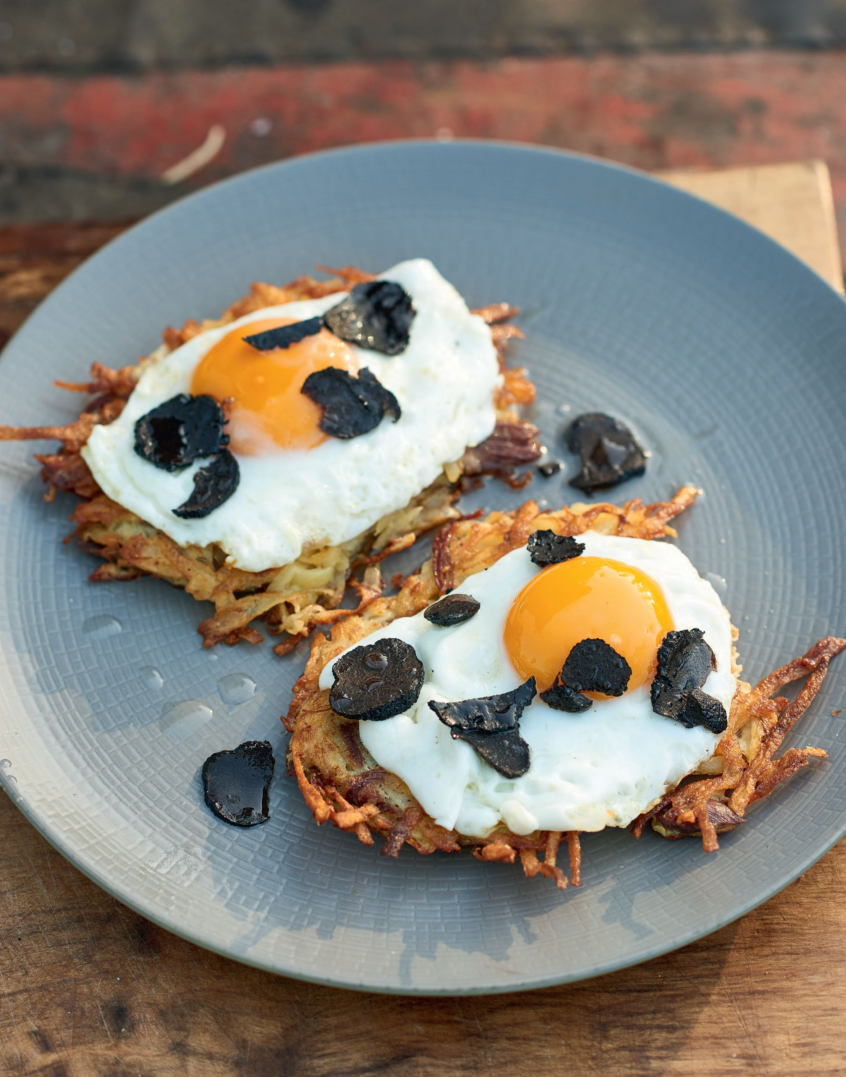 Confit duck rosti with fried hen's egg