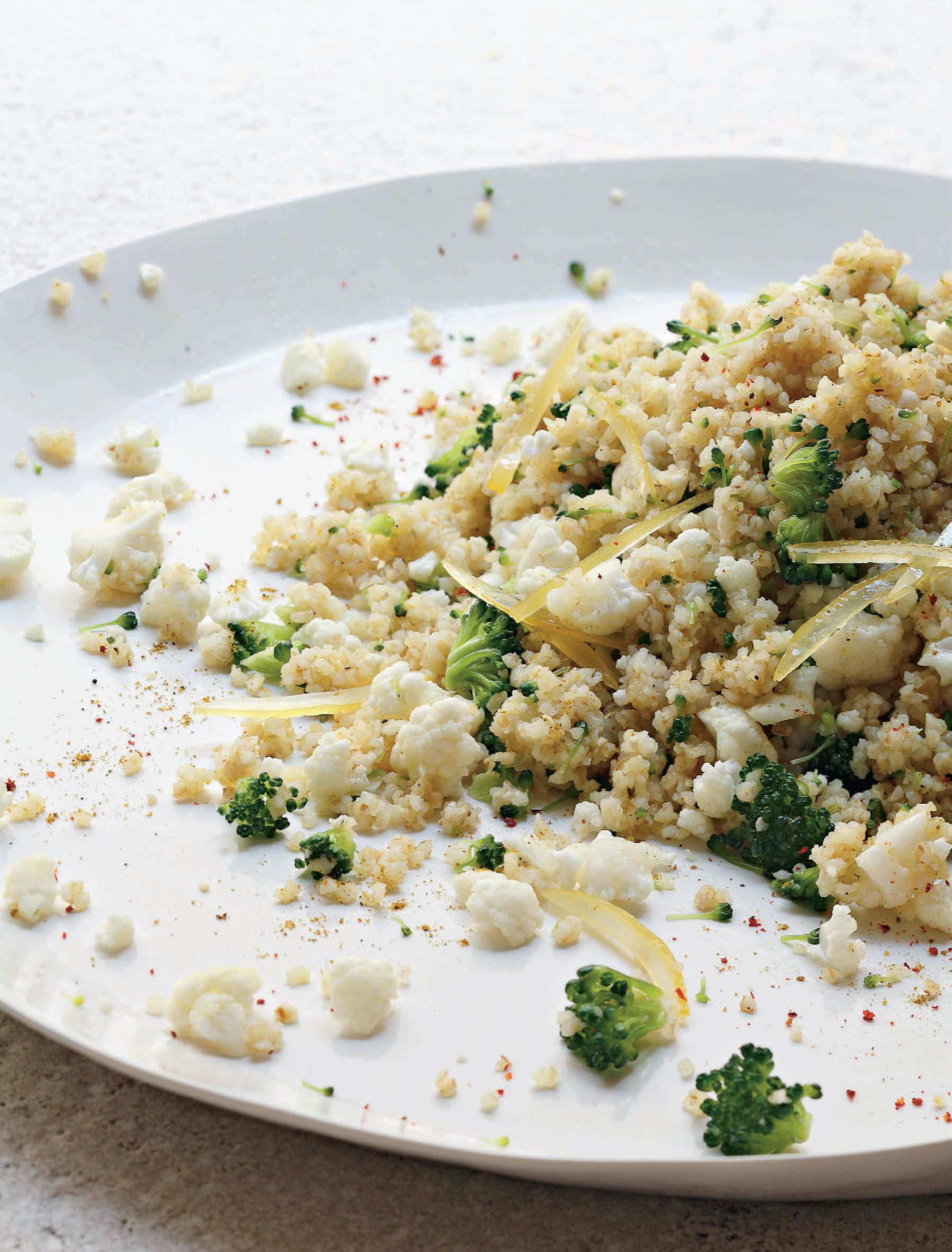 Cauliflower and broccoli in bulgur