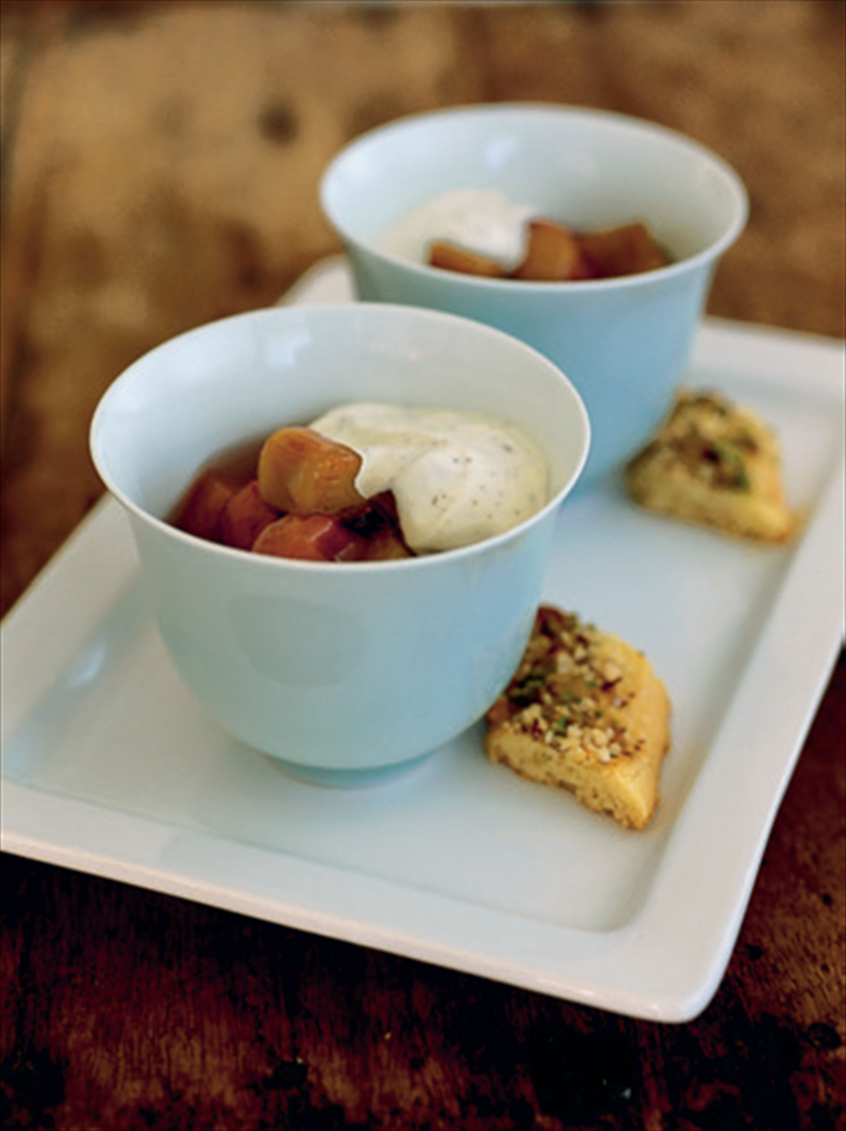 Rhubarb compote with cardamom cream