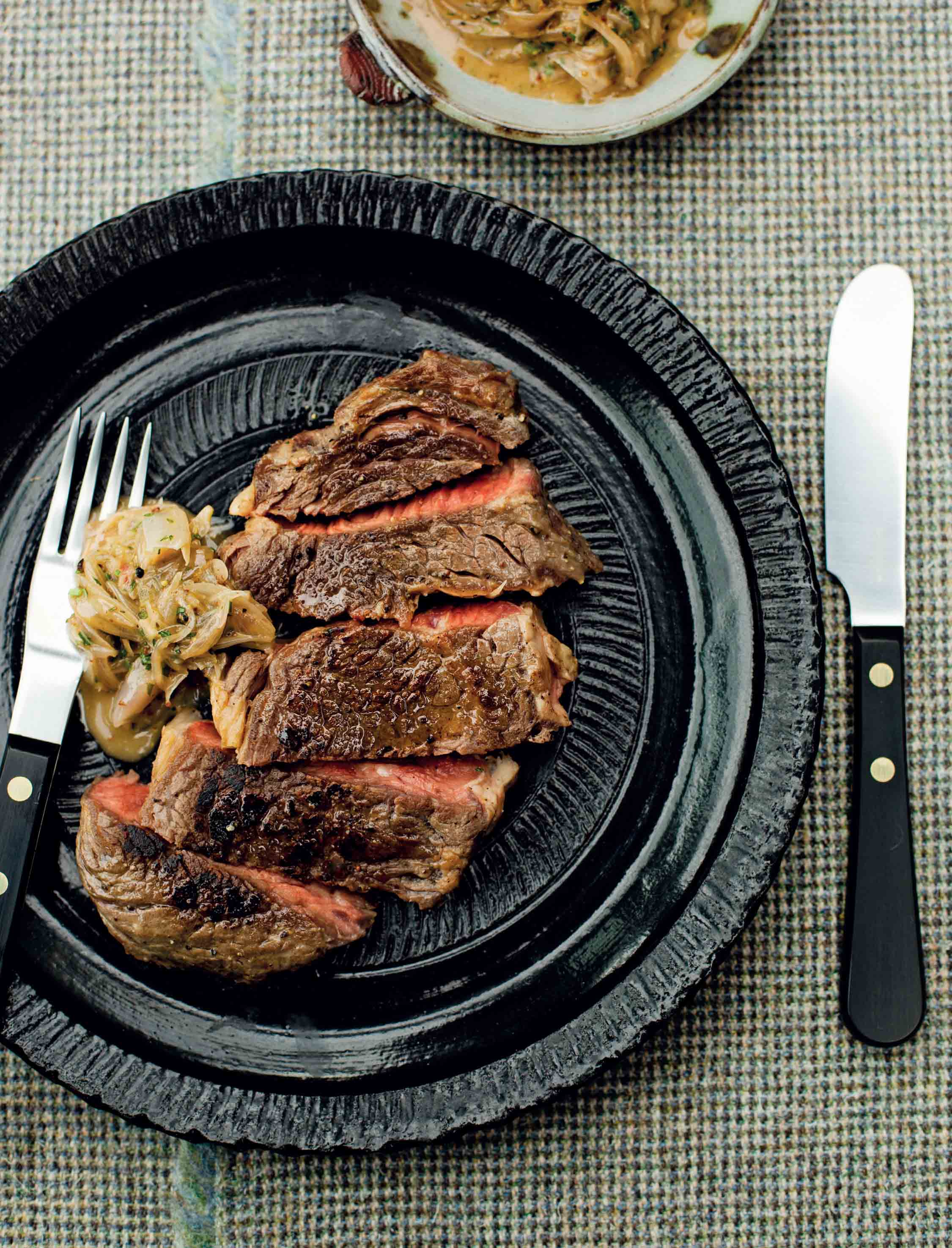 Rib-eye steak with shallot and parsley marmalade