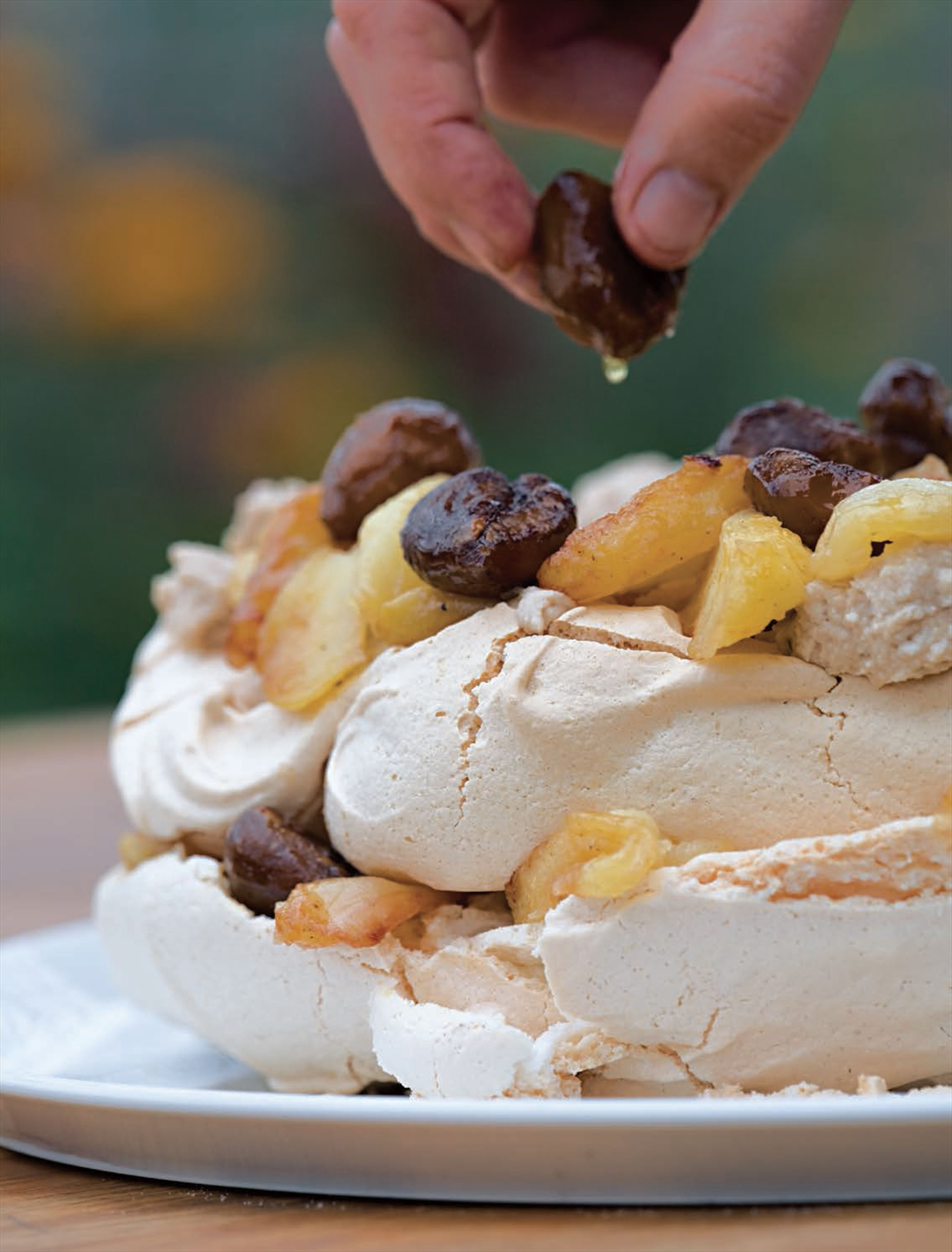 Chestnut pavlova with caramelised Bramleys