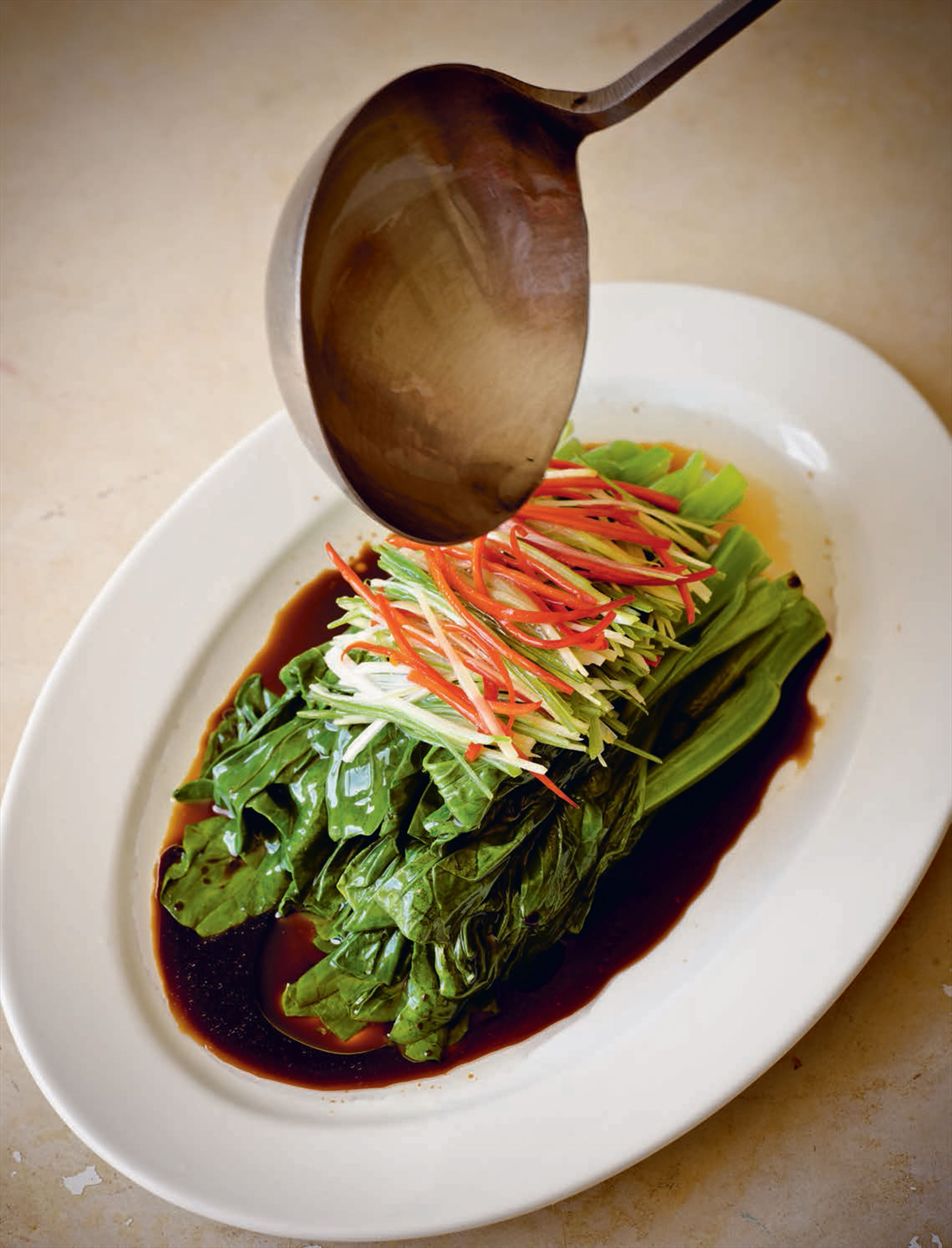 Blanched choy sum with sizzling oil