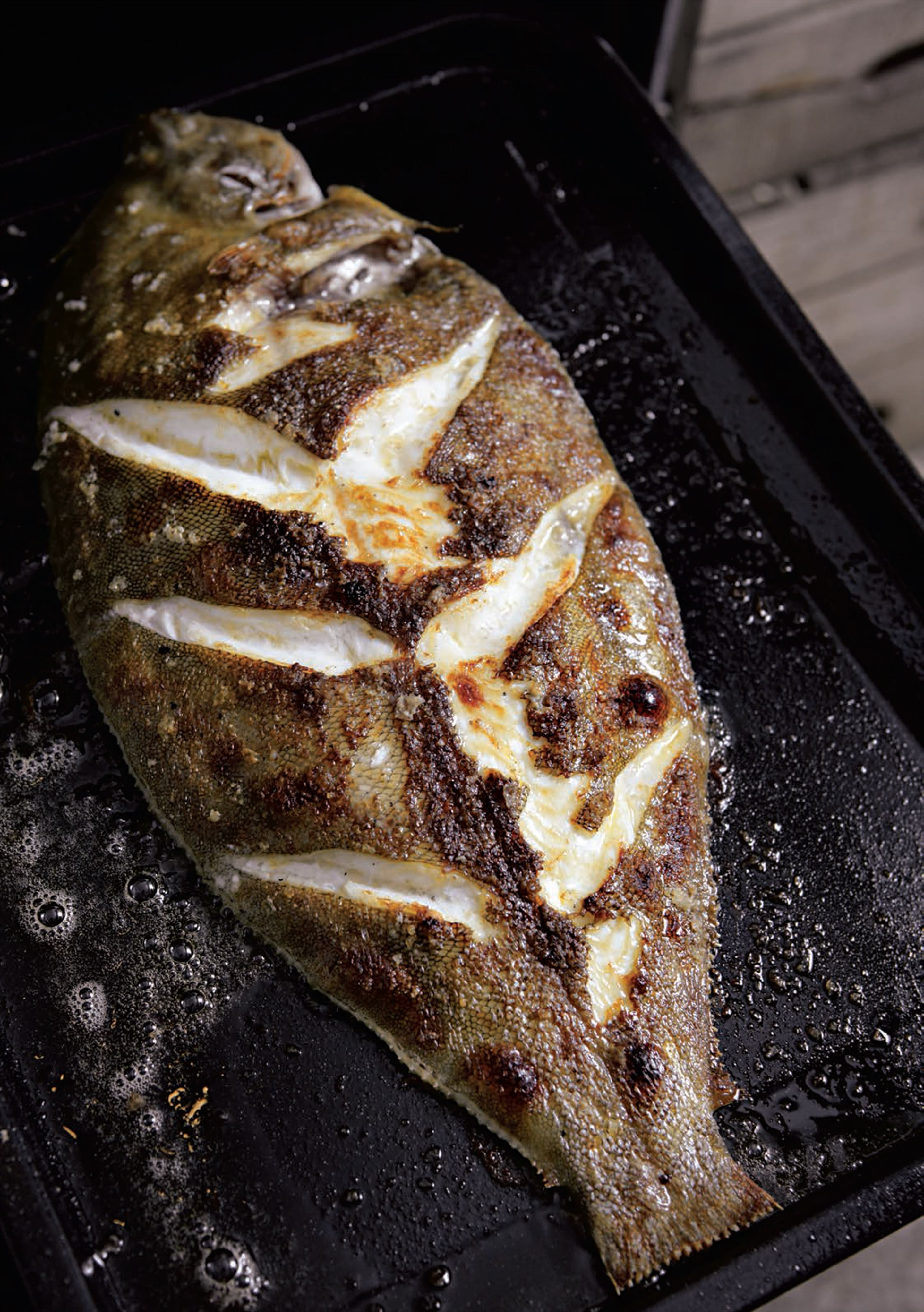 Grilled lemon sole with lemons