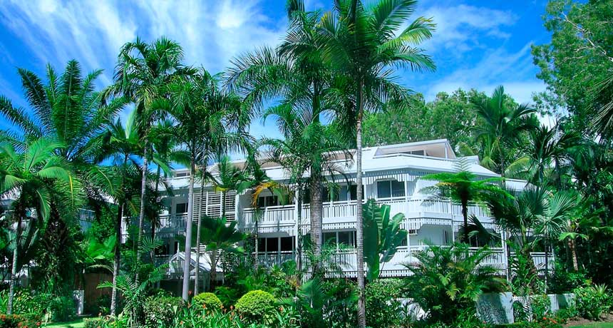 the white house holiday apartments qld