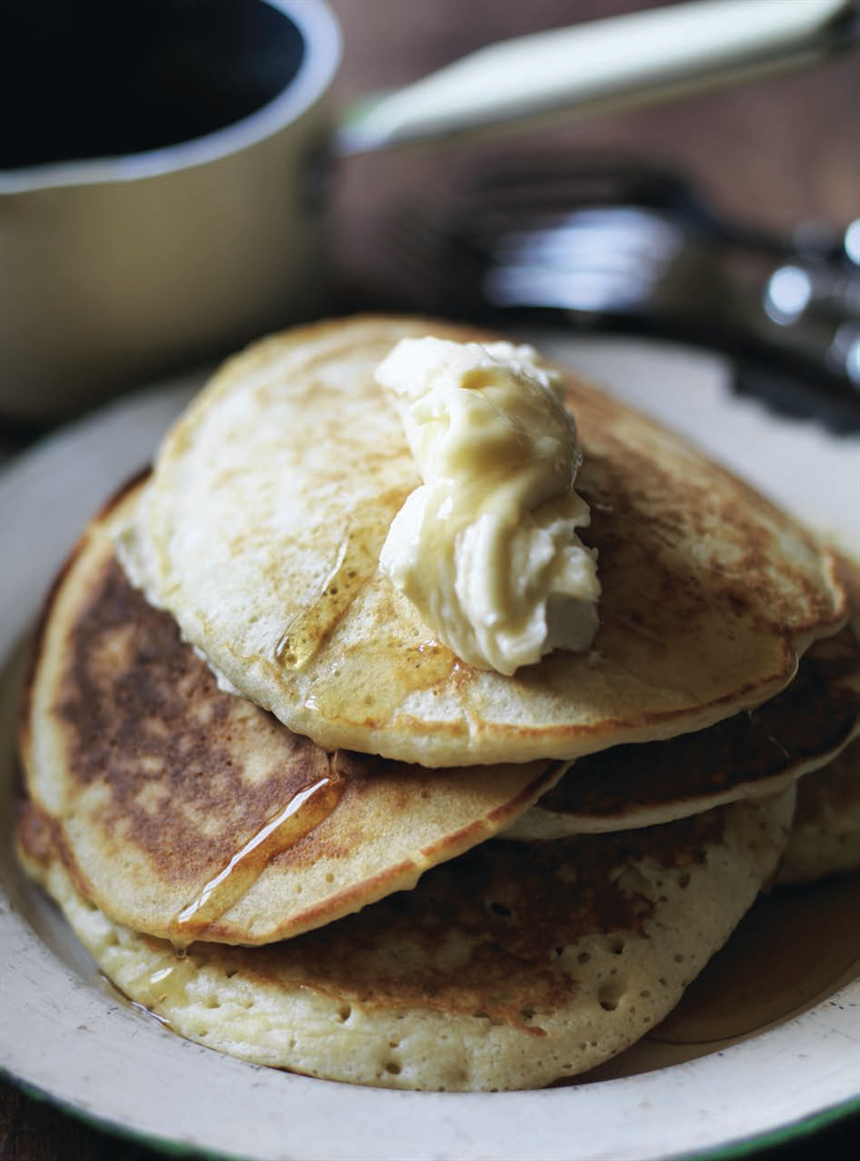 Ricotta pancakes with maple butter
