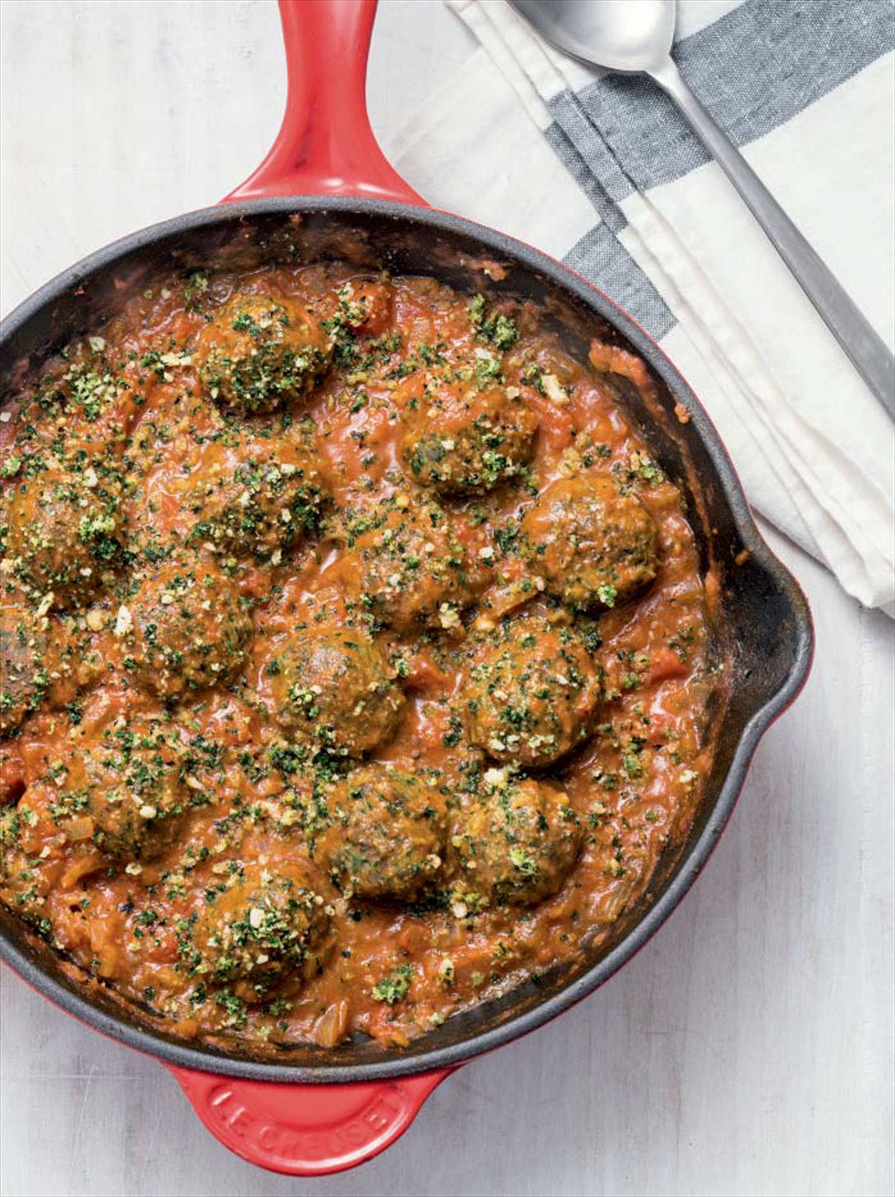 No-meat chestnut 'meatballs' with tomato sauce