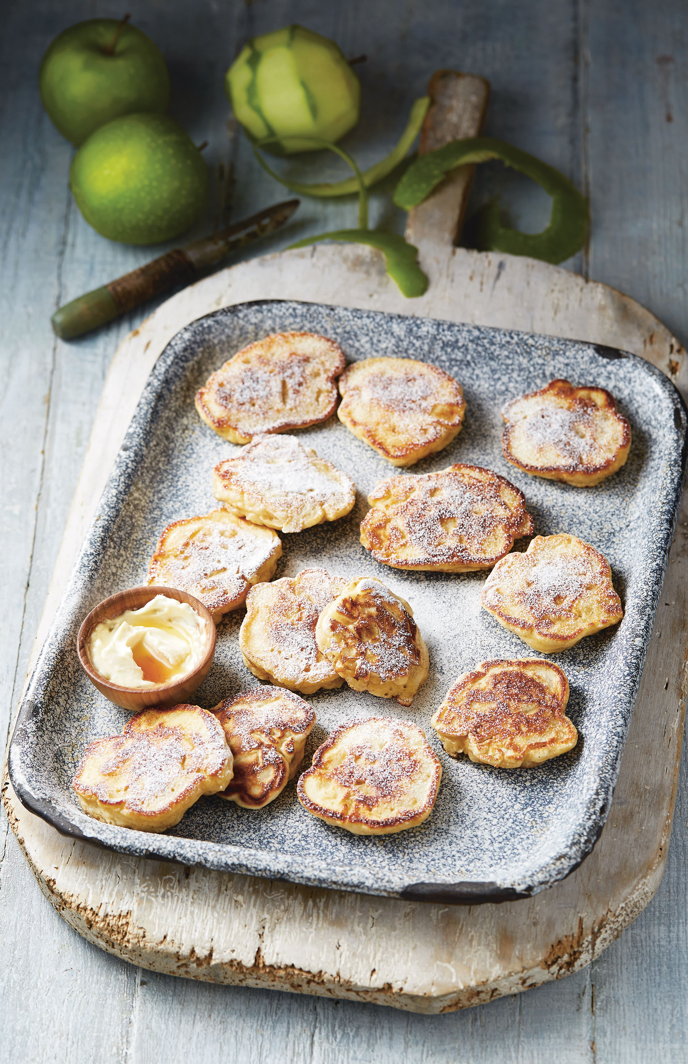 Spiced Granny Smith fritters