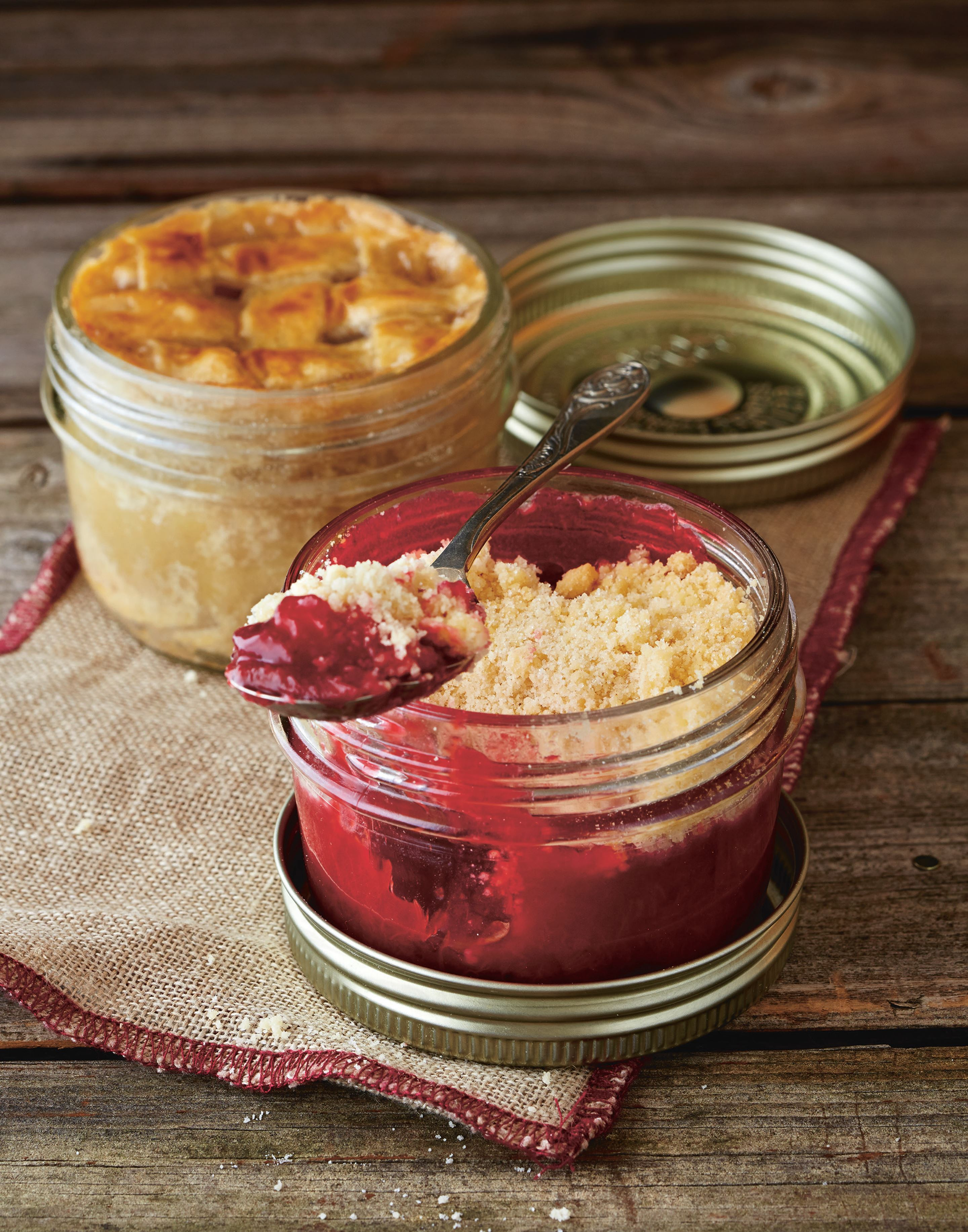 Plum crumble in a jar and apple pie in a jar