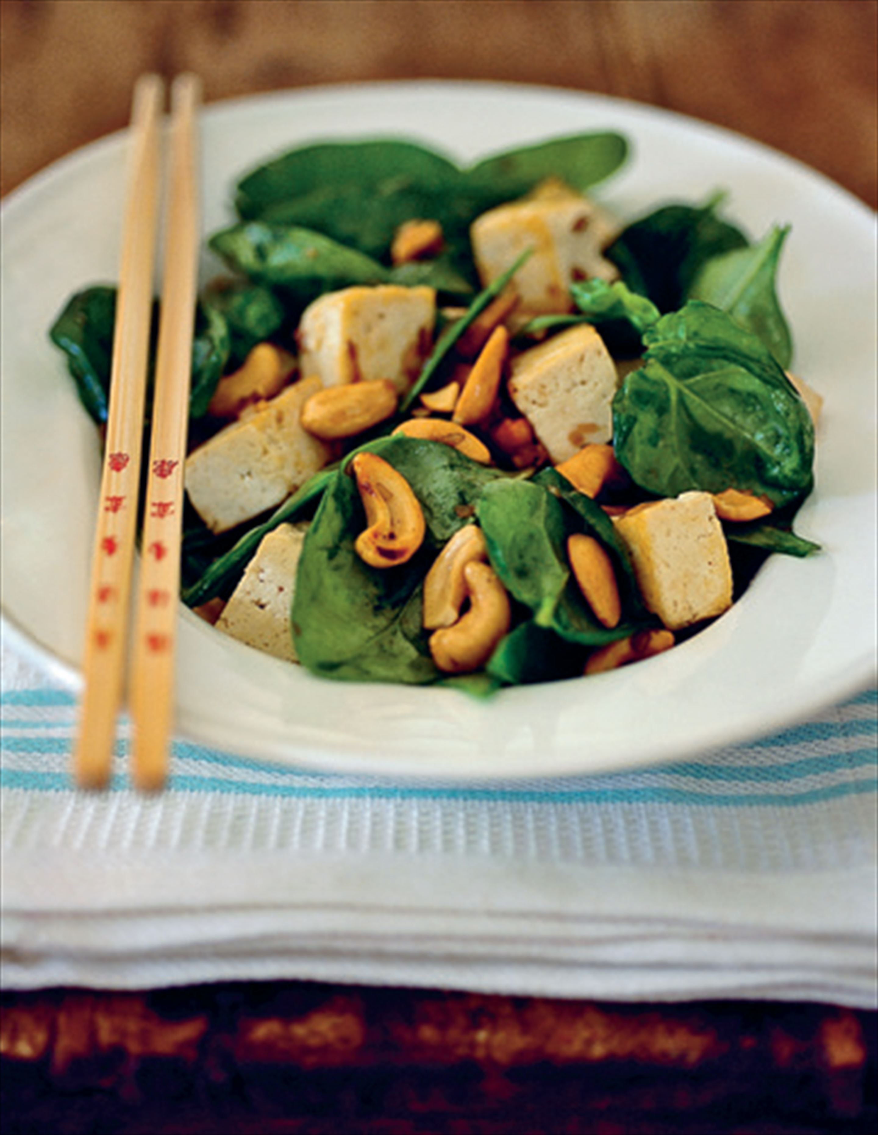 Tofu and spinach stir-fry