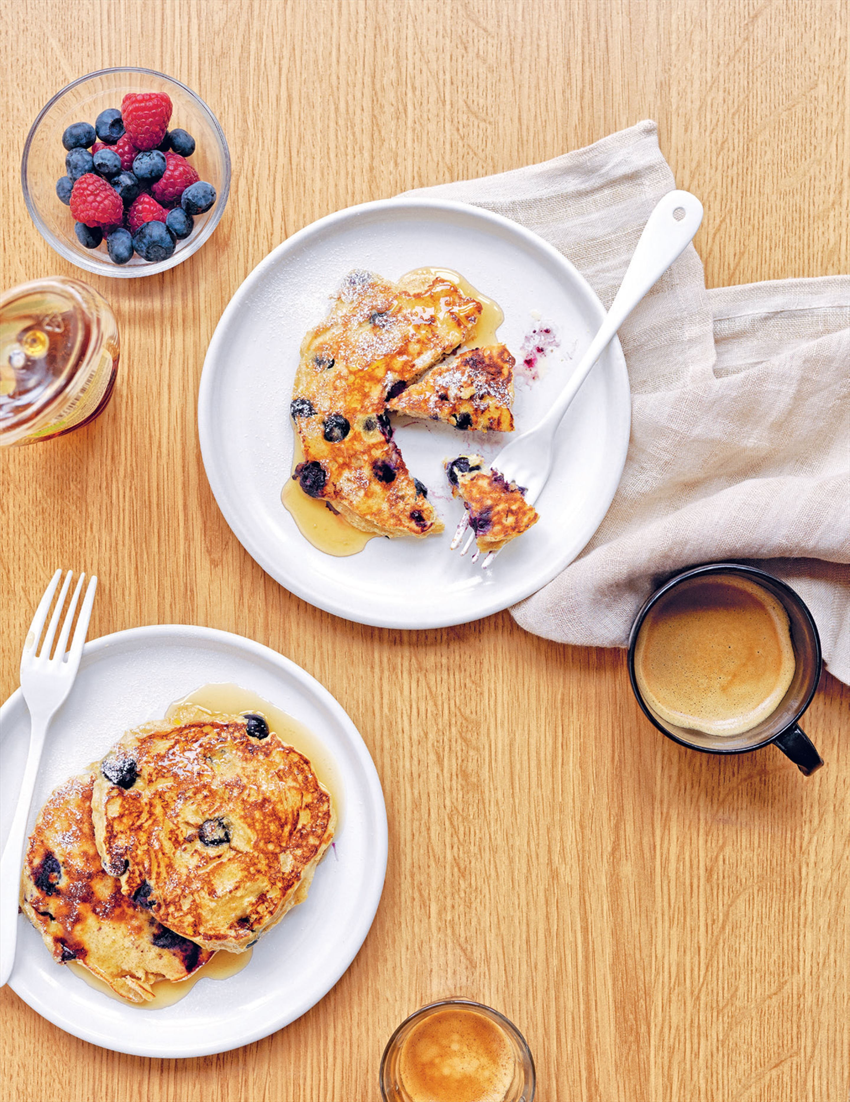 Oat, ricotta & berry pancakes with thyme honey