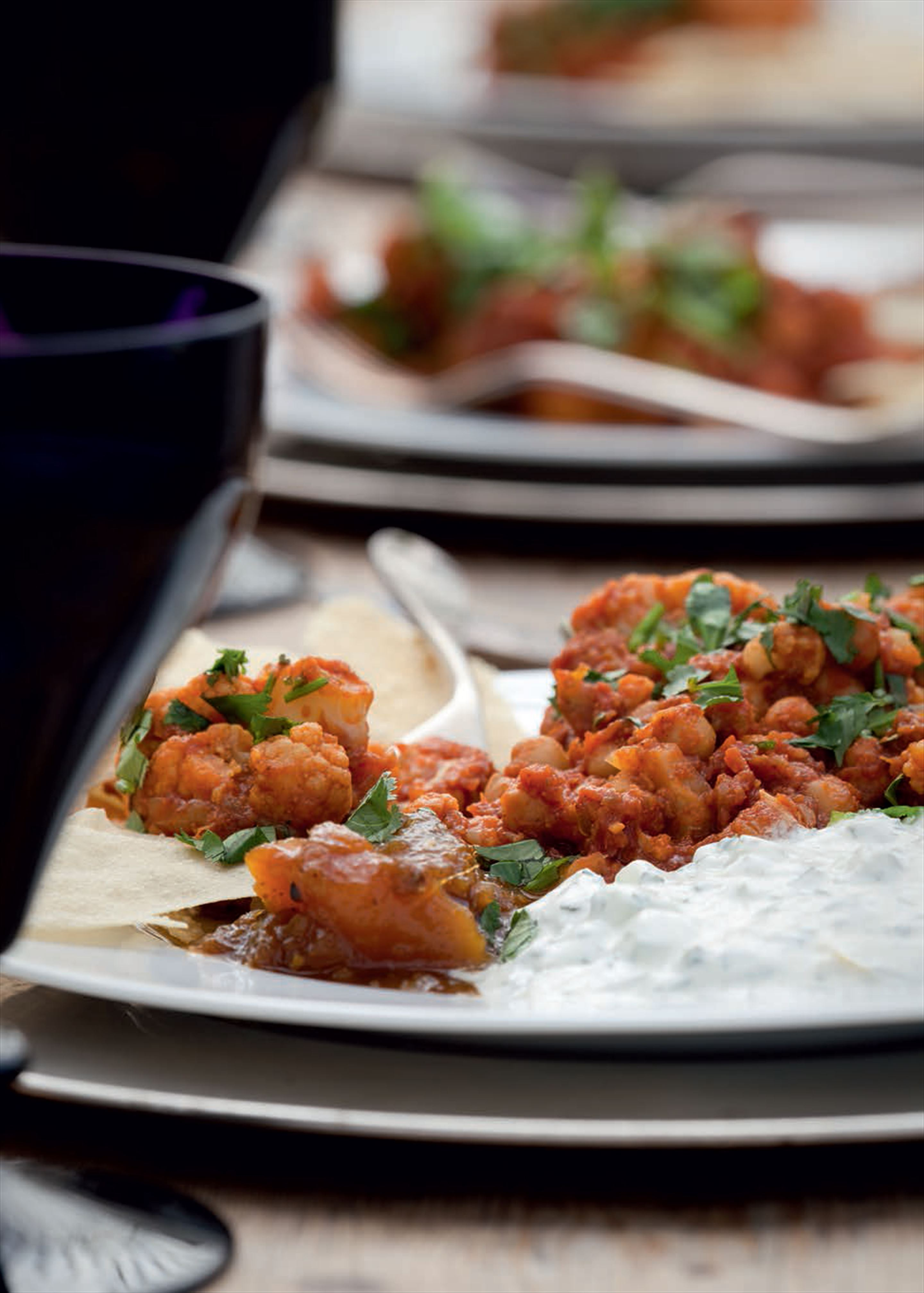 Cauliflower and chickpea curry