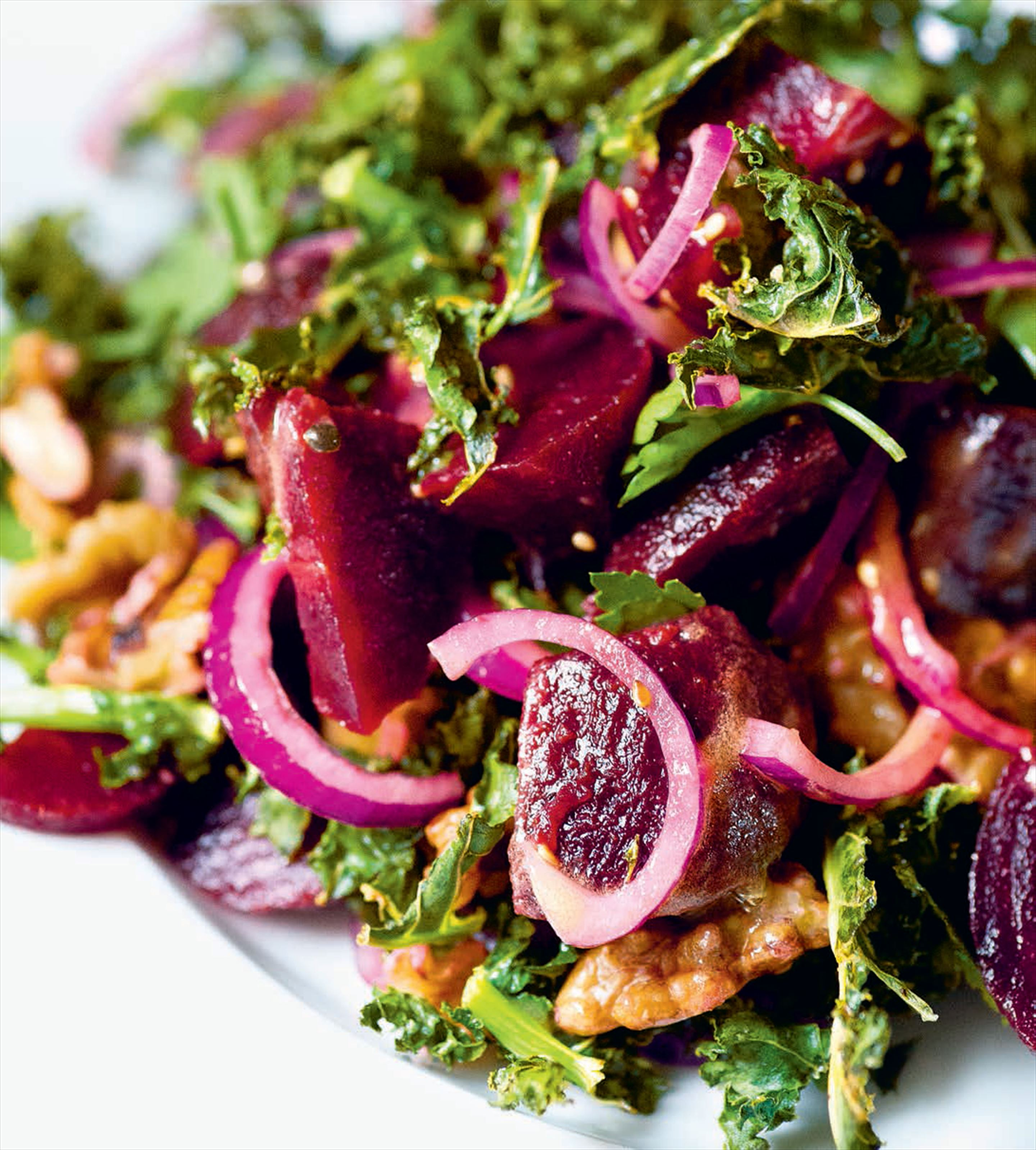 Crisp kale, beetroot, blue cheese & walnuts
