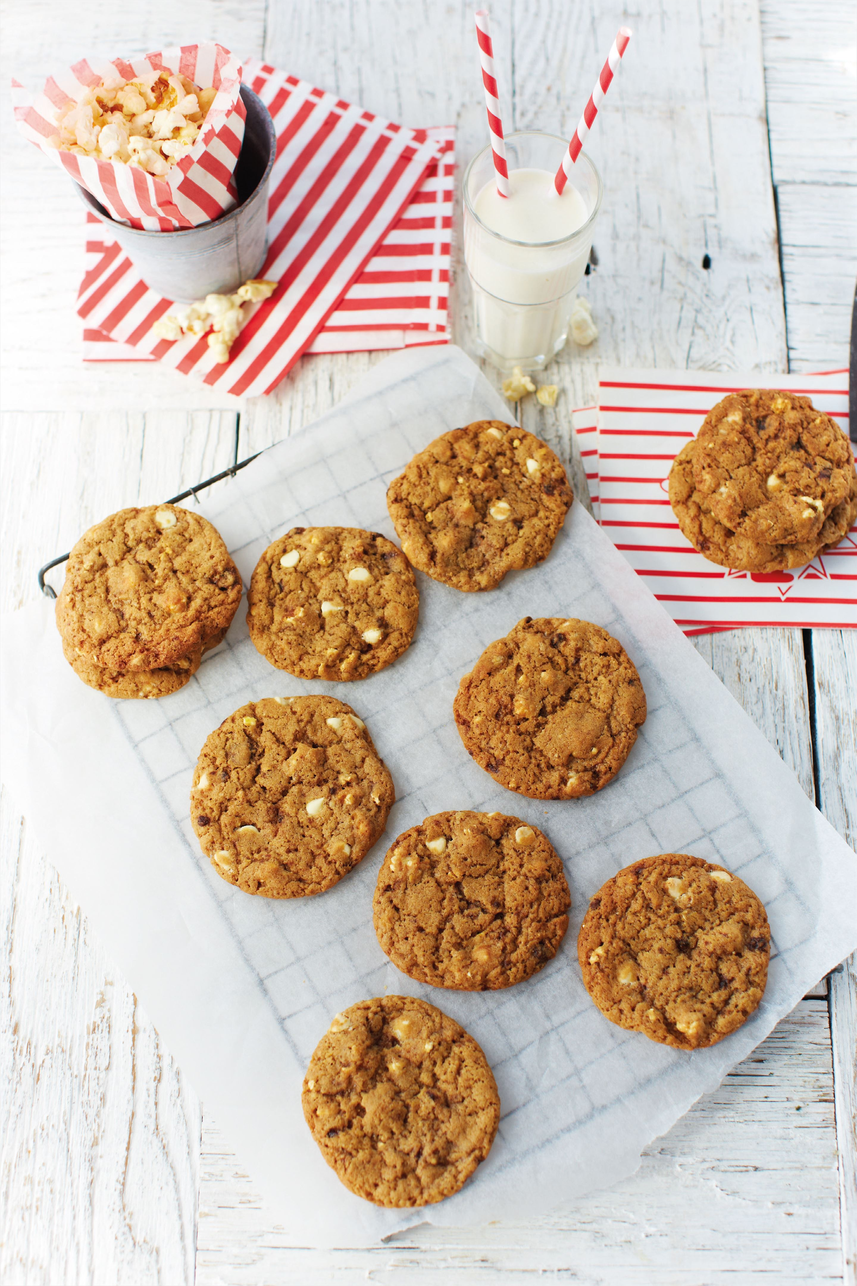 Popcorn and white chocolate all-American chewy cookies