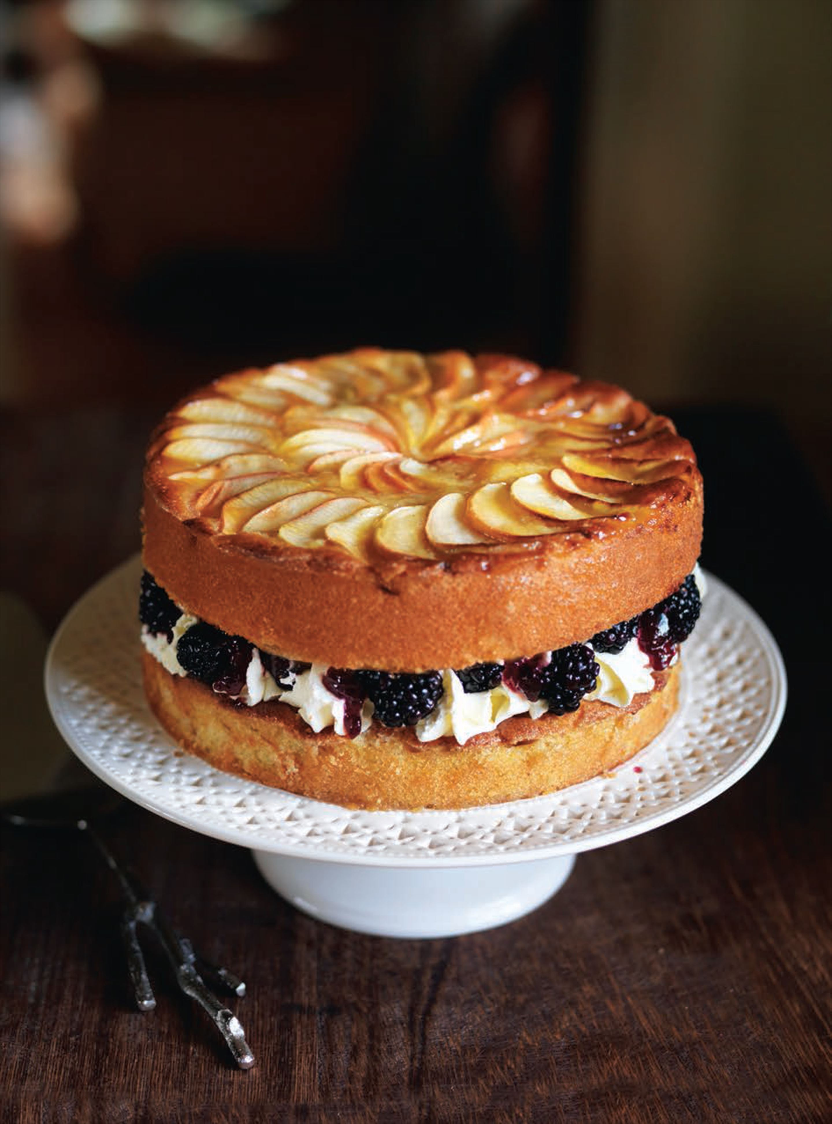 Blackberry and apple cake