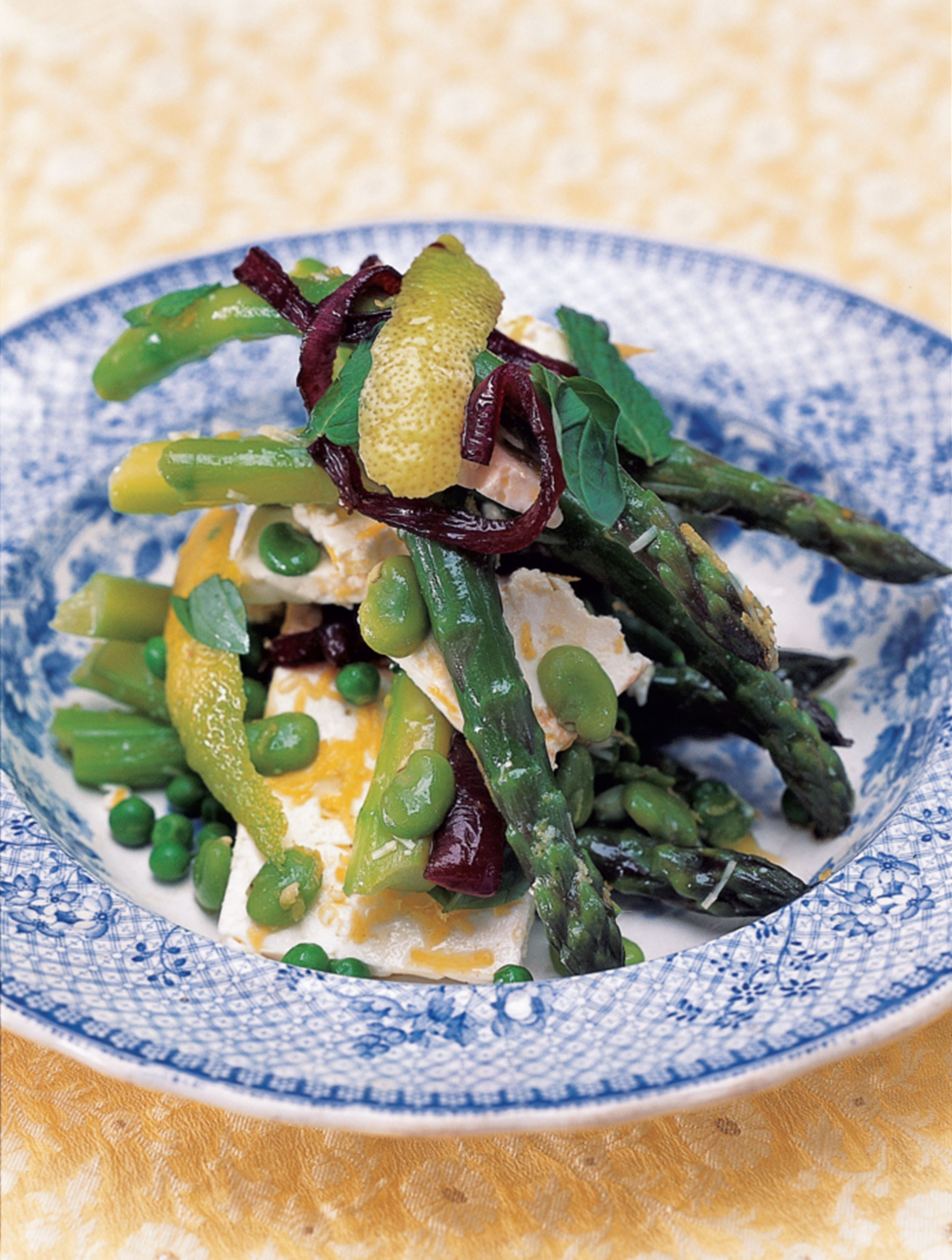 Salad of spring vegetables with herbs, pecorino and lemon-infused oil