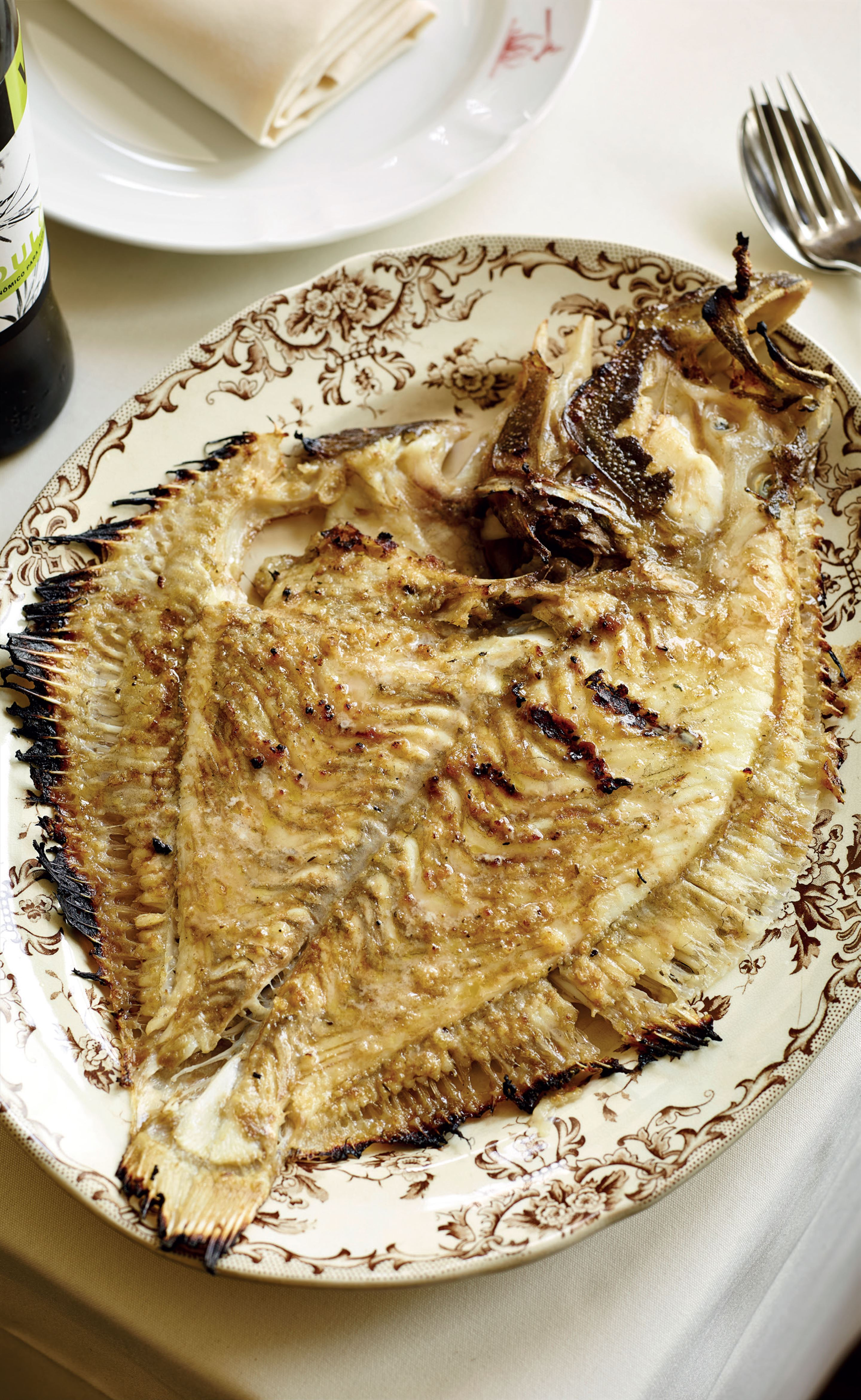 Grilled turbot with vinegar and oil