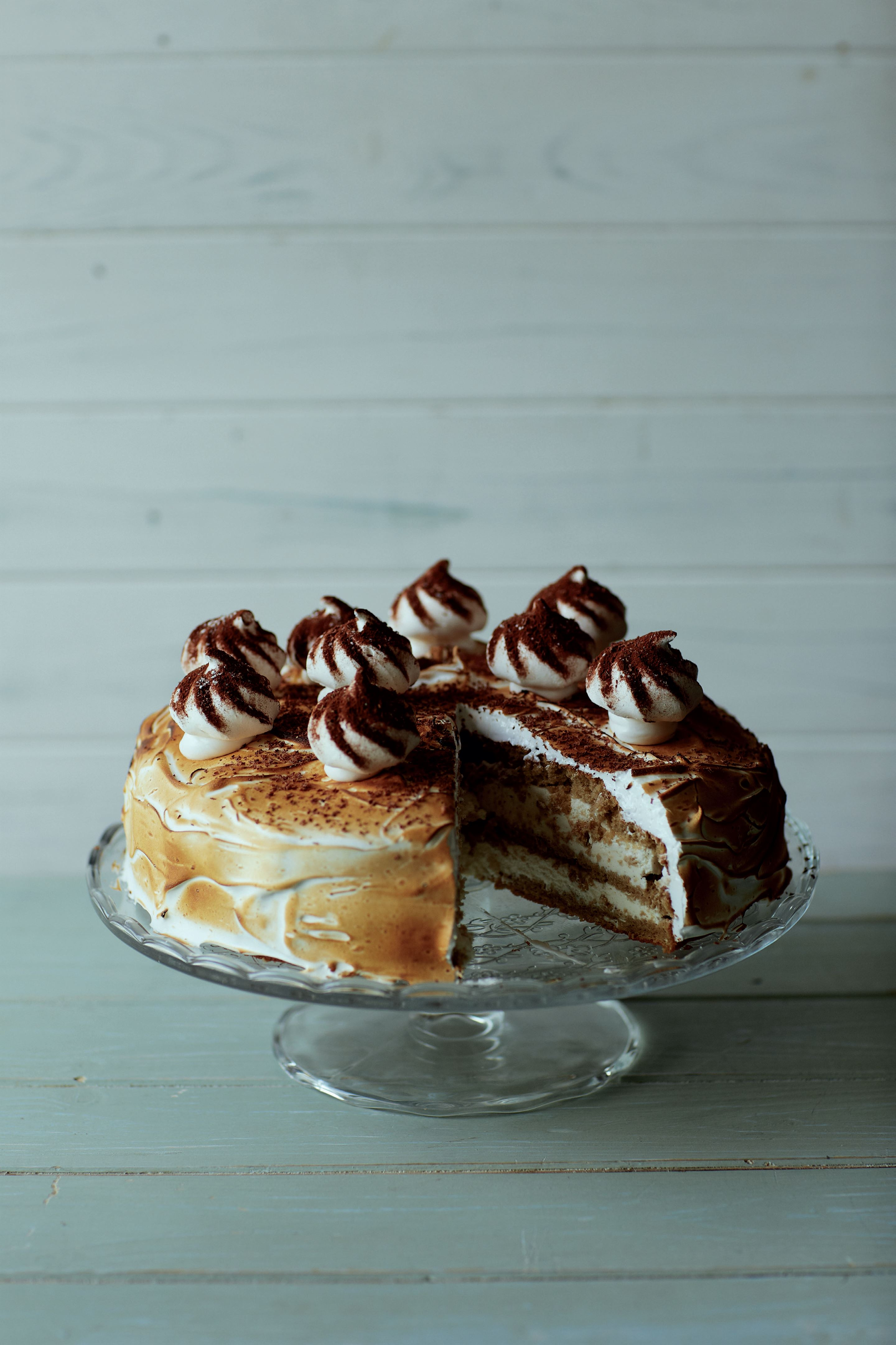 Instant coffee meringue gâteau