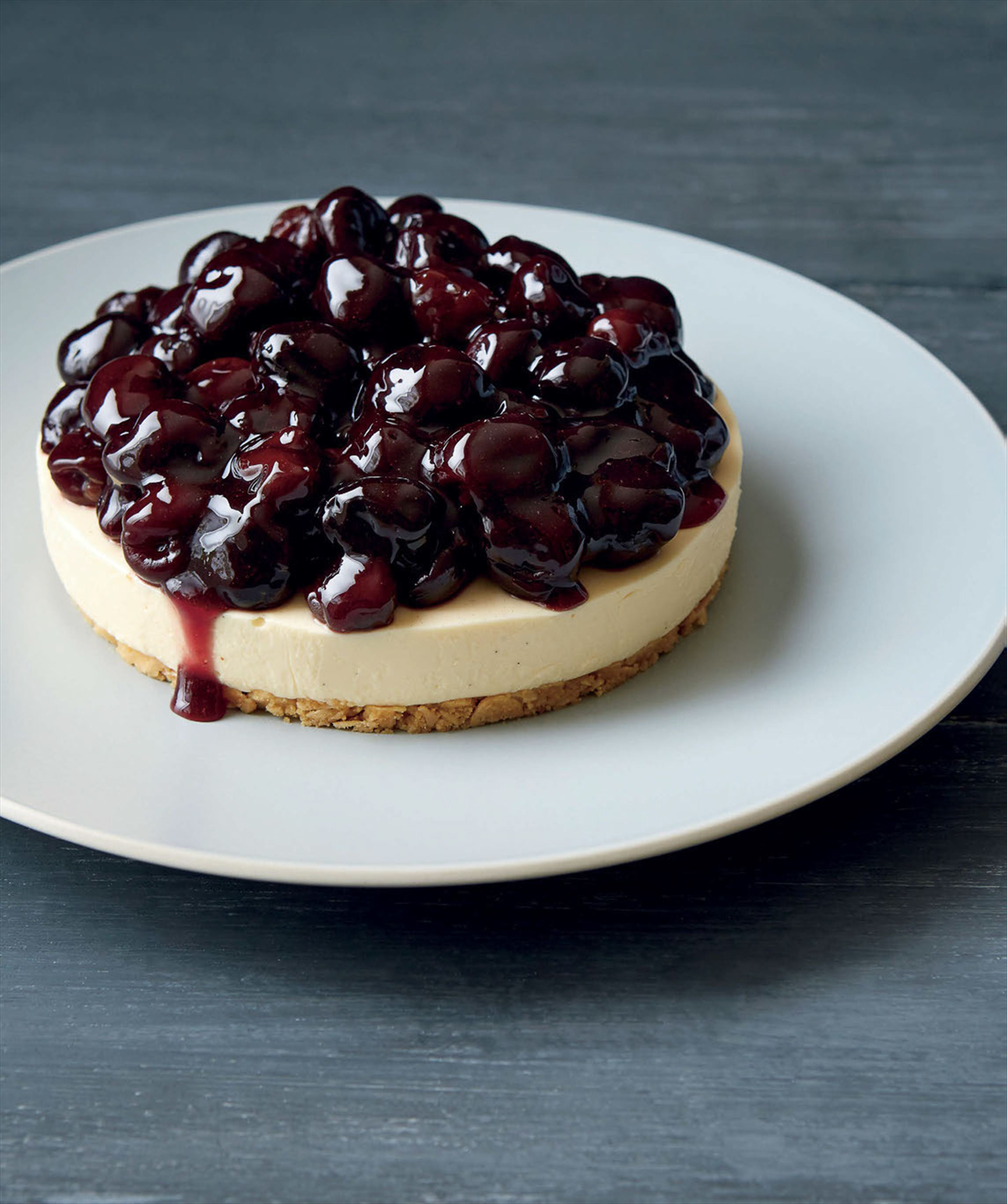 Cherry and almond cheesecake