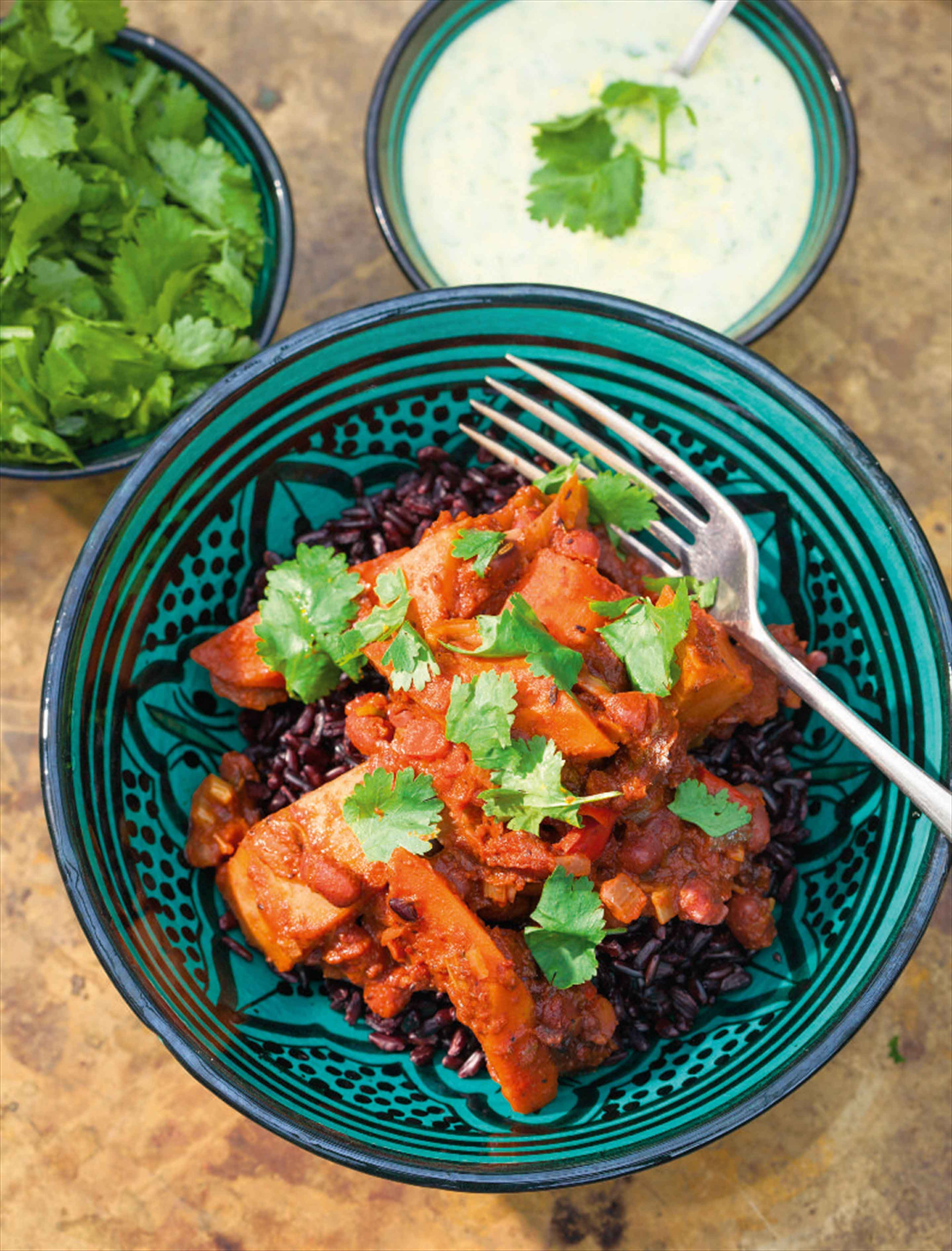 Adzuki bean and root vegetable chilli