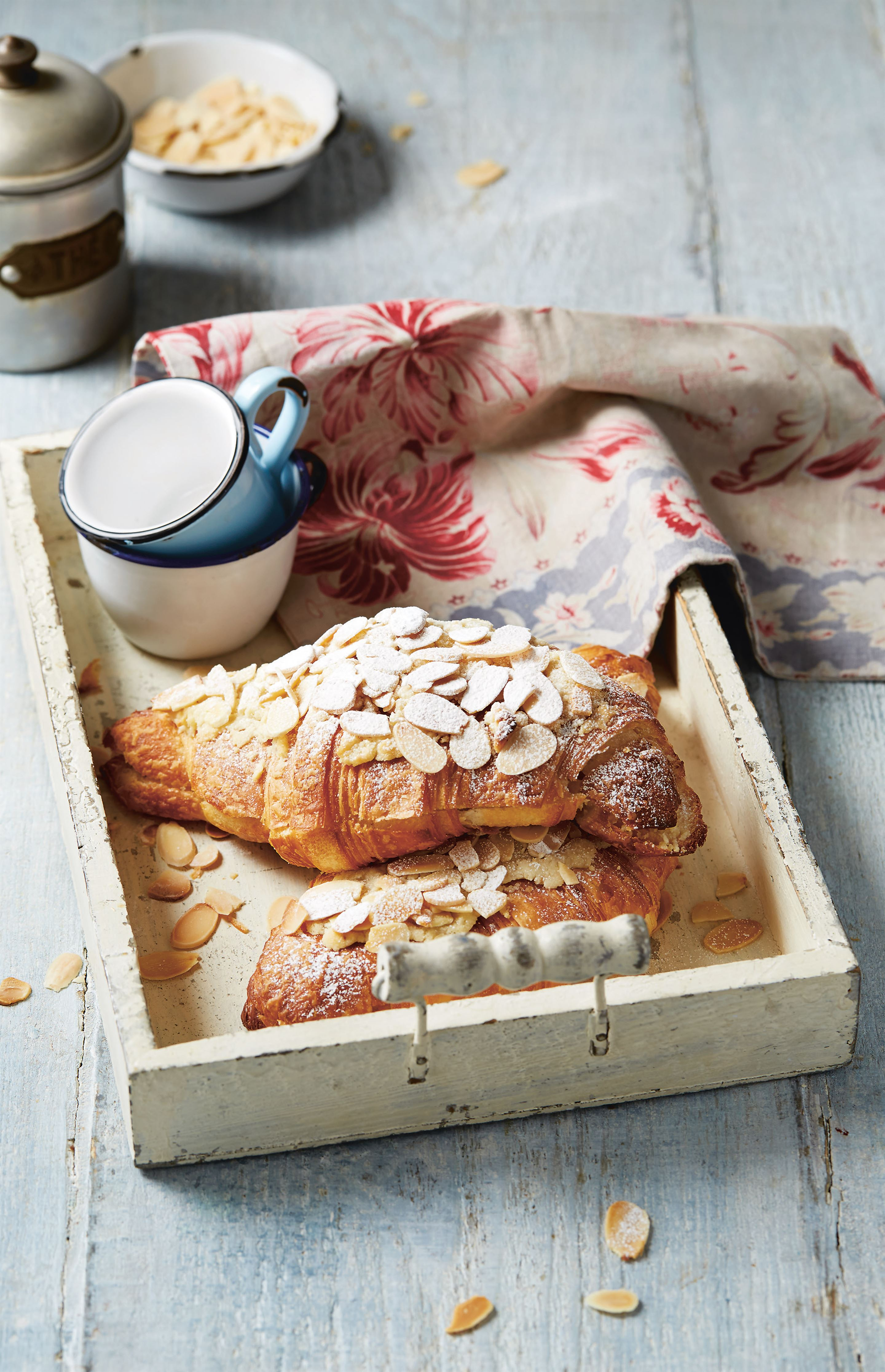 Almond croissants made easy