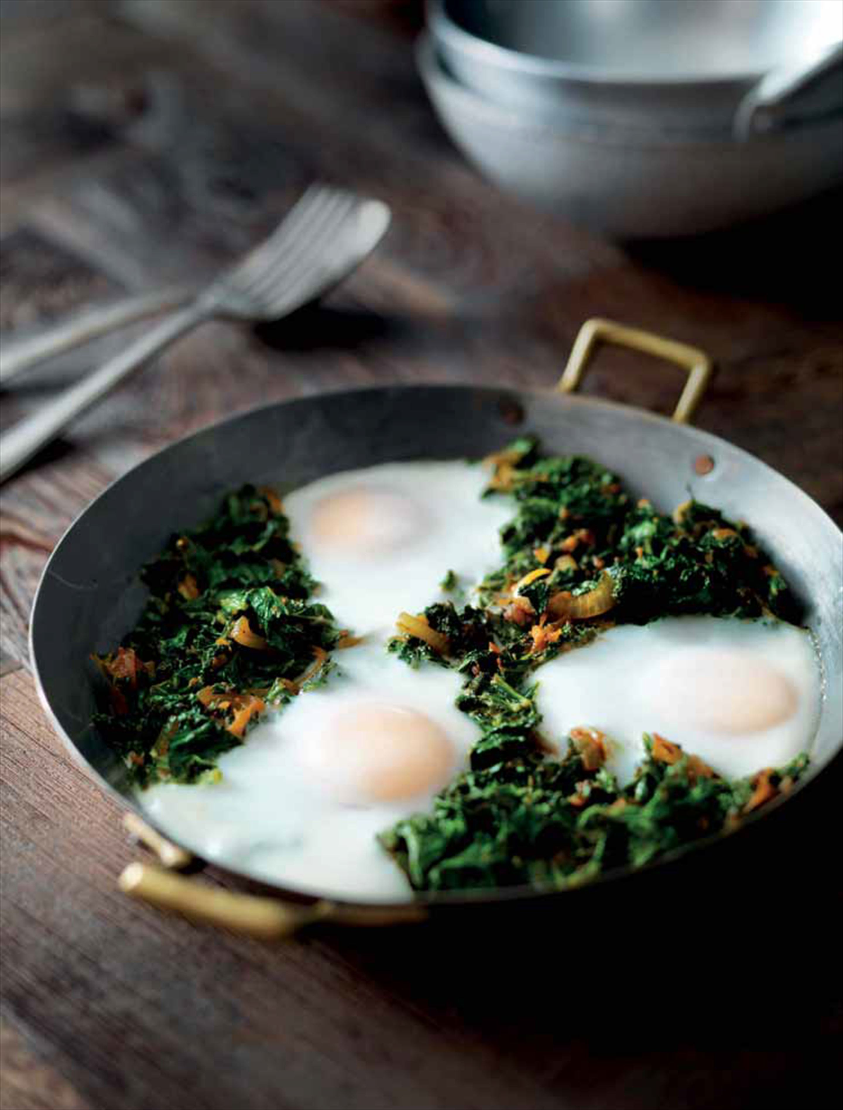 Kale and spinach with eggs