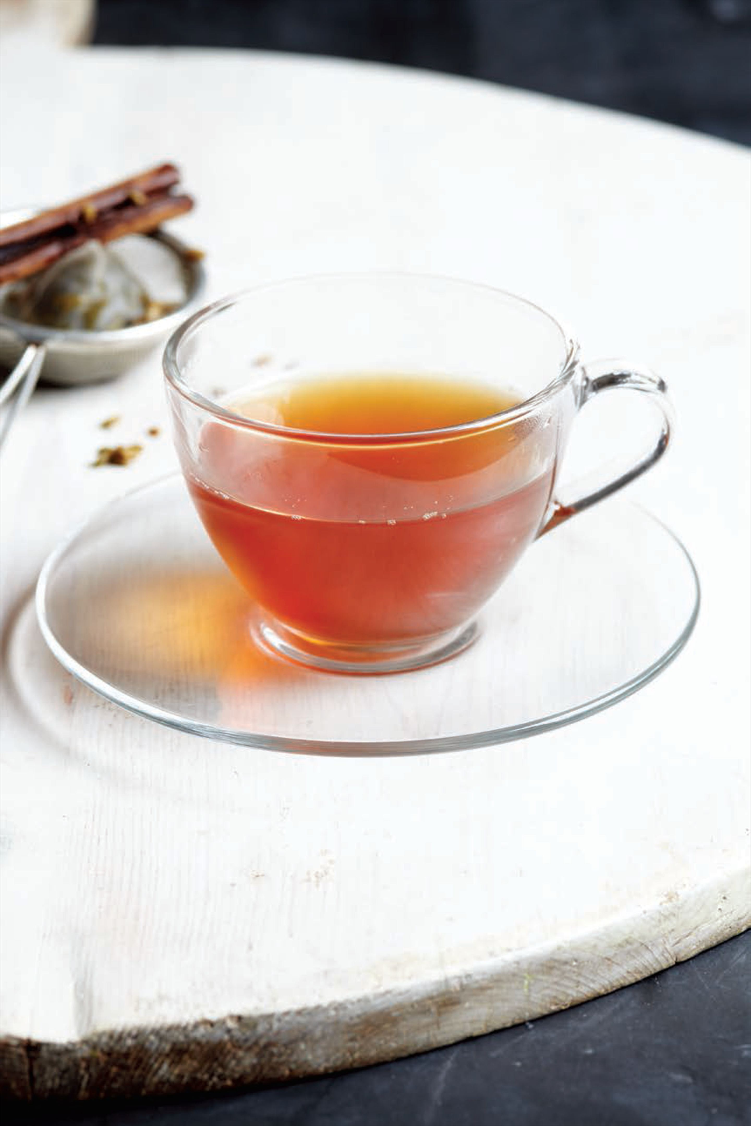 Appetite-suppressant diet tea